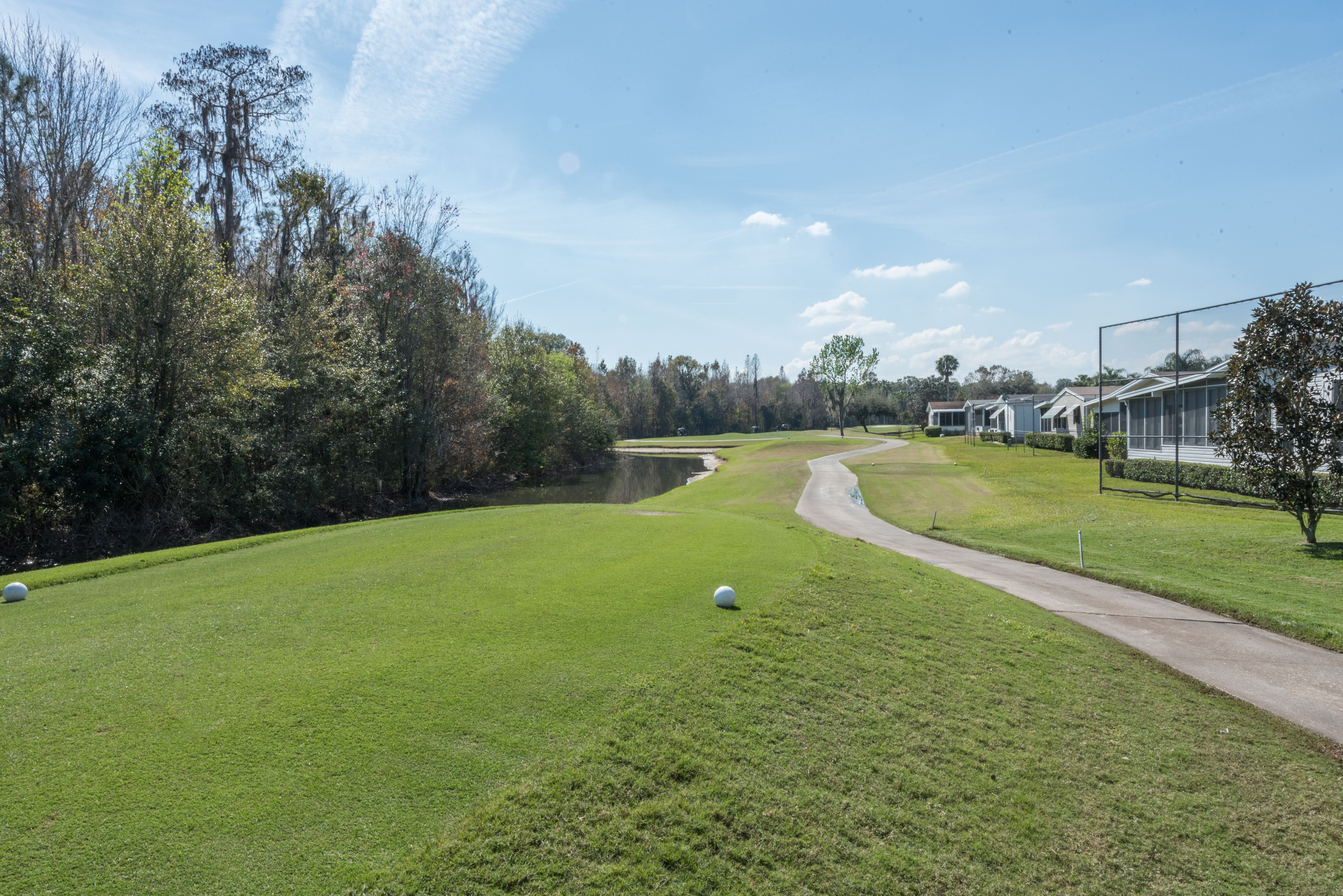 The Hamptons Golf & Country Club