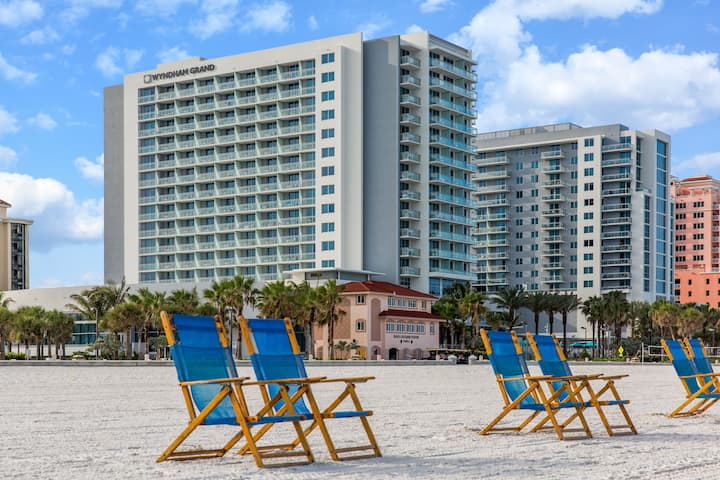 Wyndham Grand Clearwater Beach - Clearwater, FL 33767 - (727)281-9500 | ShowMeLocal.com