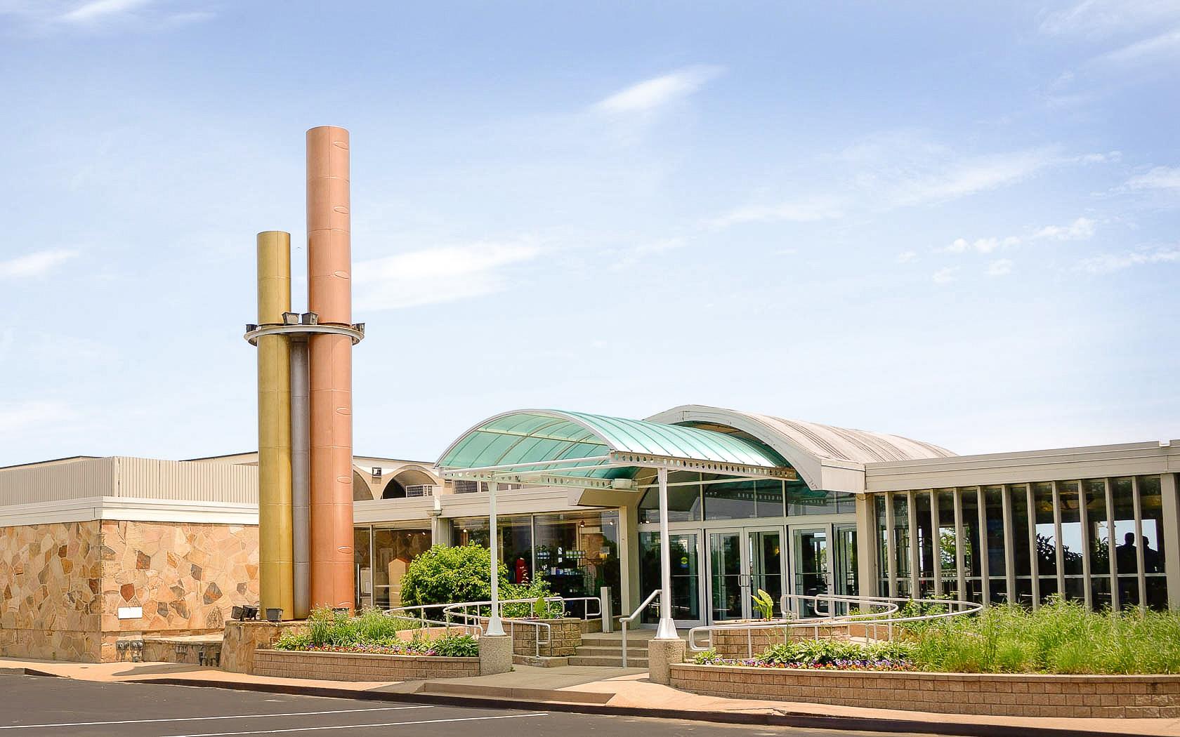 Illinois Beach Hotel & Conference Center