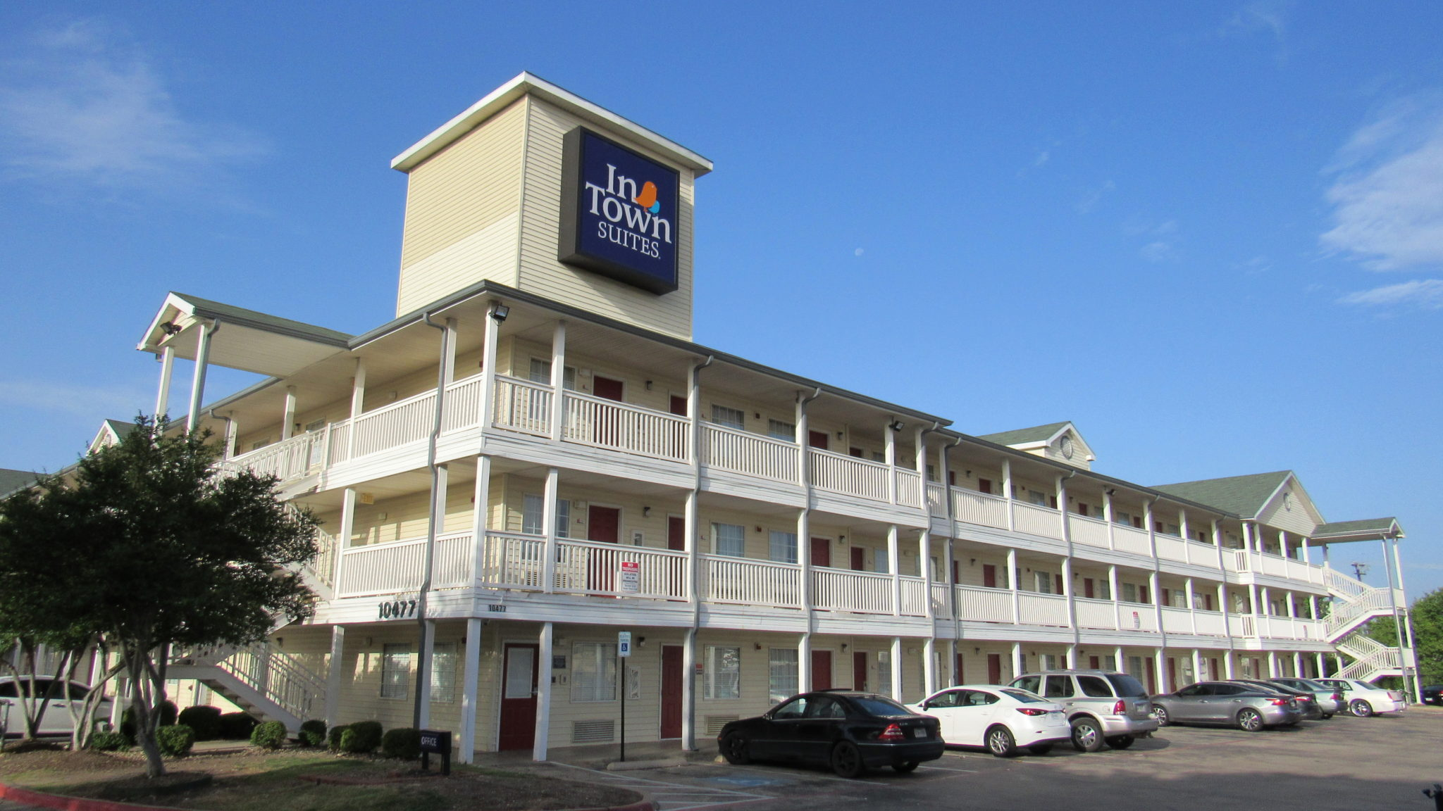 InTown Suites Extended Stay Dallas TX - Garland