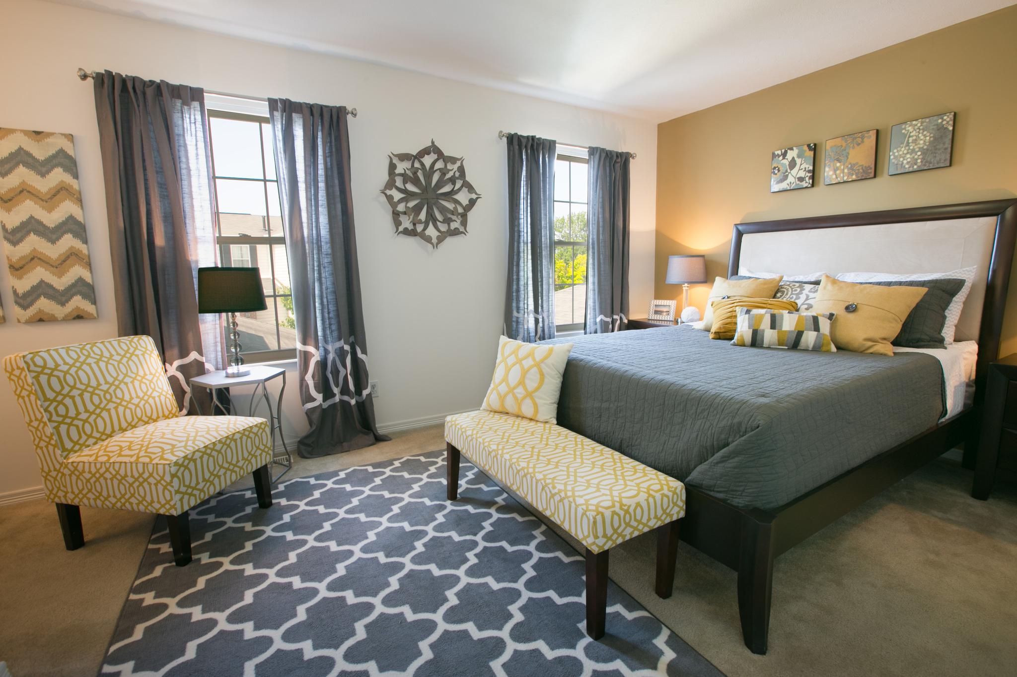 Ridgestone Apartments