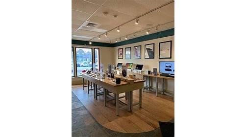 Graphite - Apple Premier Partner - Madison, WI 53705 - (608)838-6650 | ShowMeLocal.com