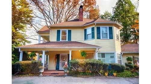 The Yellow House On Plott Creek Road