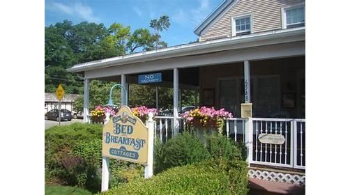 Glen Arbor Bed & Breakfast and Cottages