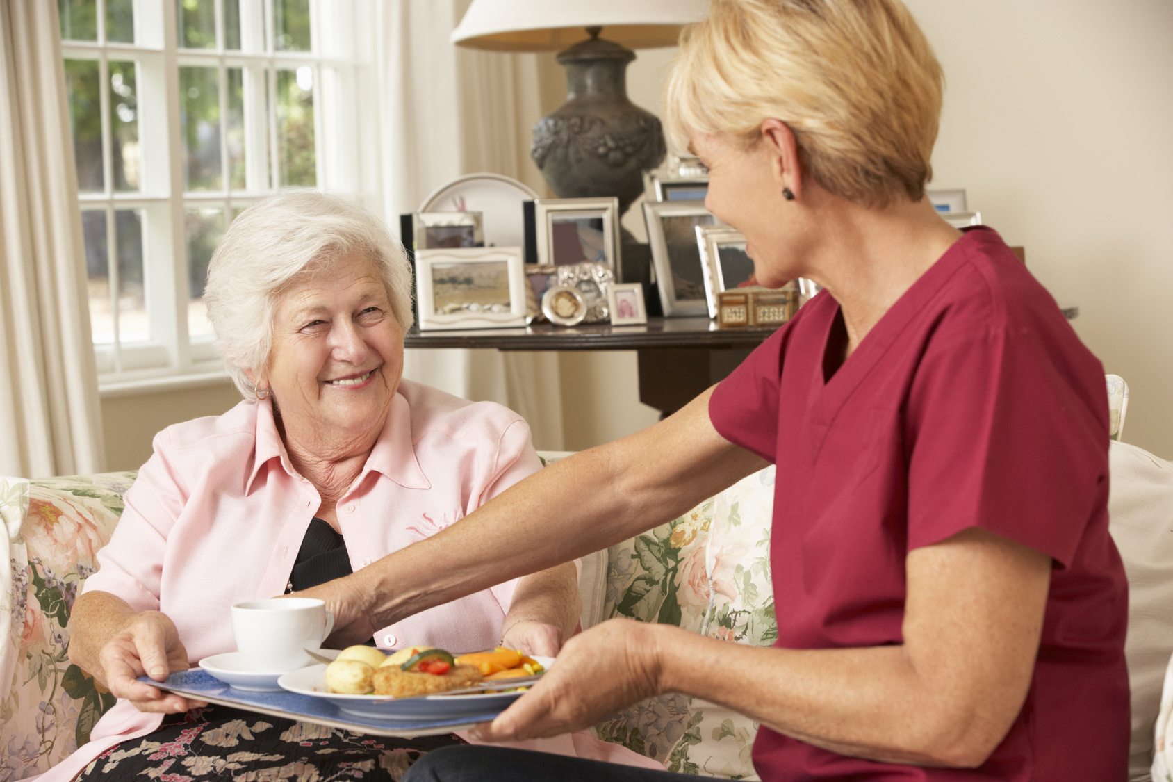 Assisting Hands Home Care - Palm Beach County