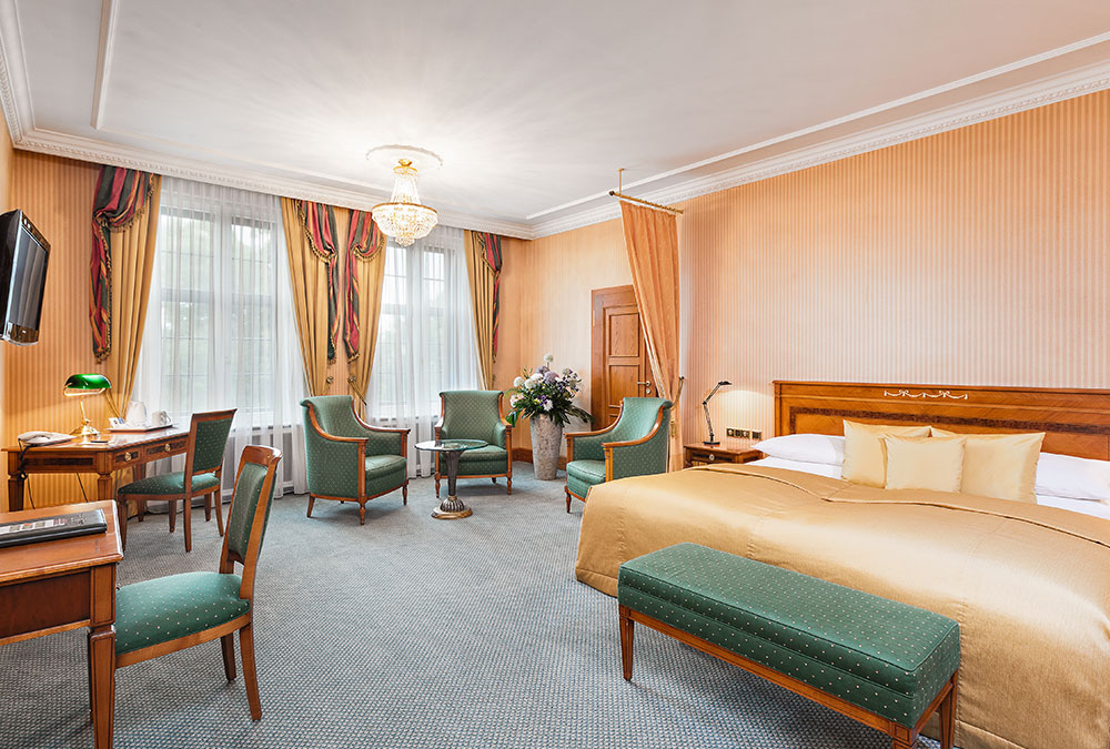 BEST WESTERN PREMIER Grand Hotel Russischer Hof
