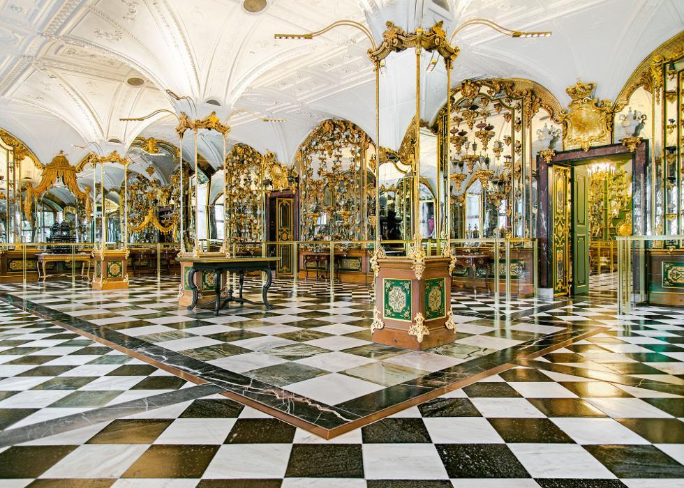 abclocal.alt.text.photo.1 Historisches und Neues Grünes Gewölbe abclocal.alt.text.photo.2 Dresden