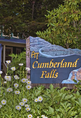 At Cumberland Falls Bed & Breakfast Inn