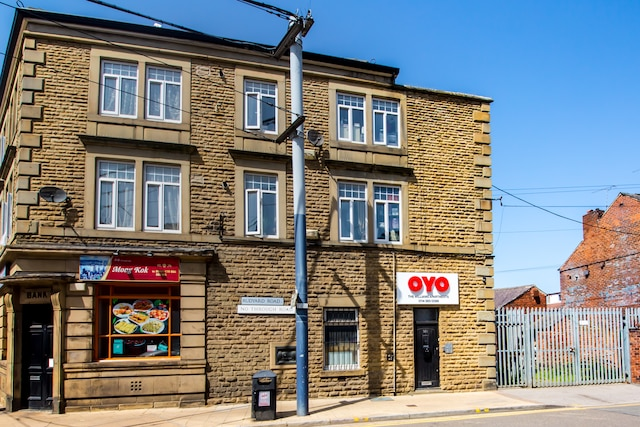 OYO William's Hillsborough Apartments - Sheffield, South Yorkshire S6 2LX - 020 8089 3524 | ShowMeLocal.com