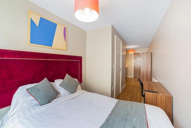 OYO Vincent Apartments - Liverpool, Merseyside L1 6AA - 020 8089 3524 | ShowMeLocal.com