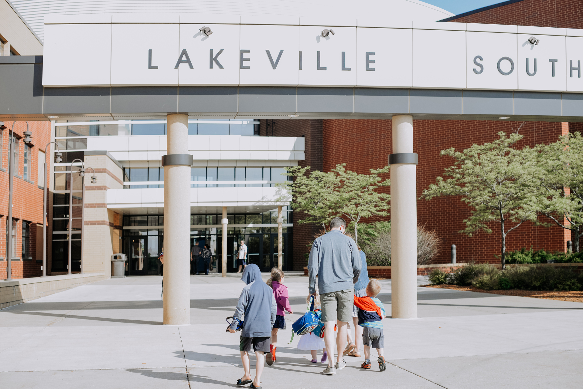 Eagle Brook Church - Lakeville Campus