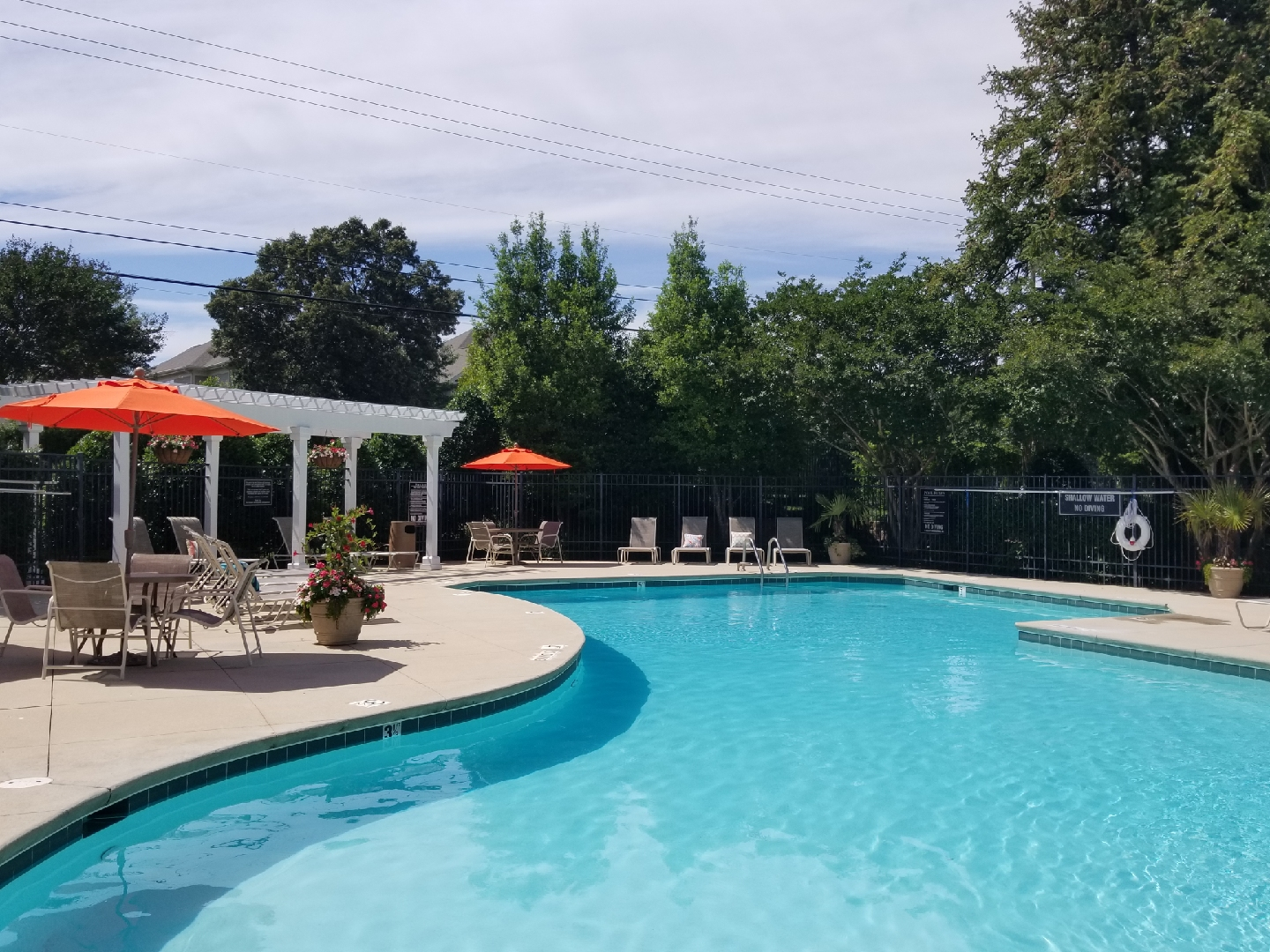 Enclave at Crossroads Apartments