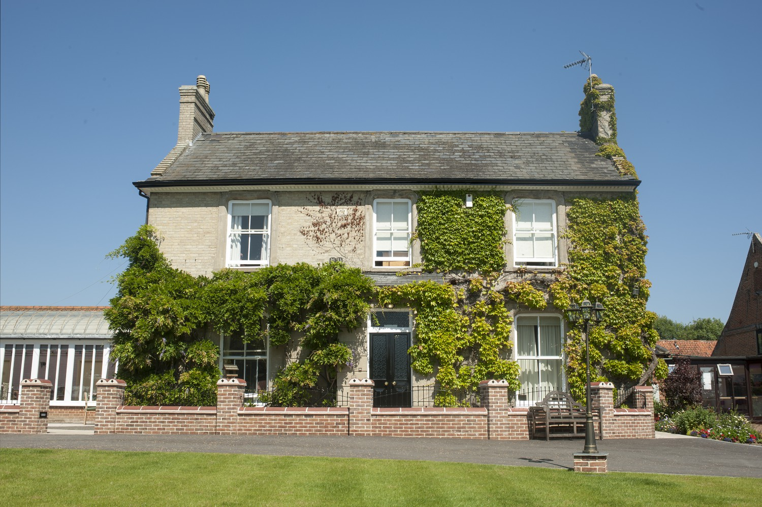 Carlton Hall Residential Care Home and Village - Suffolk, Suffolk NR33 8BL - 01502 513208   ShowMeLocal.com