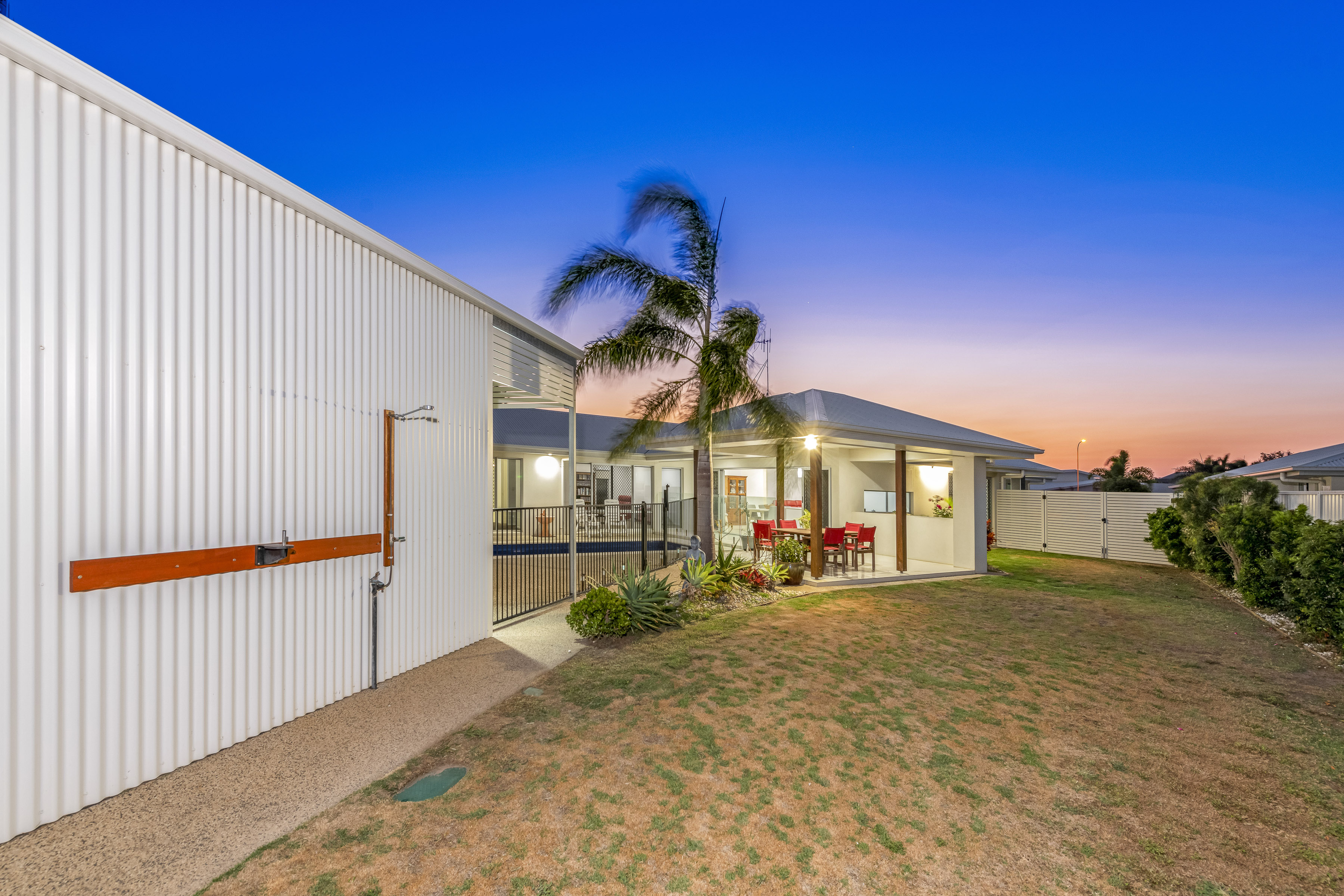 Right Image Photography Bundaberg Central 0477 033 515