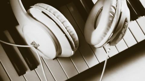 Get Playing Music
