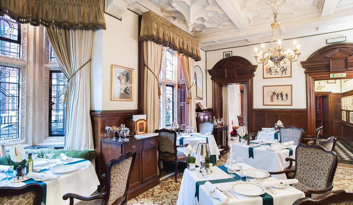 Chenestons Restaurant