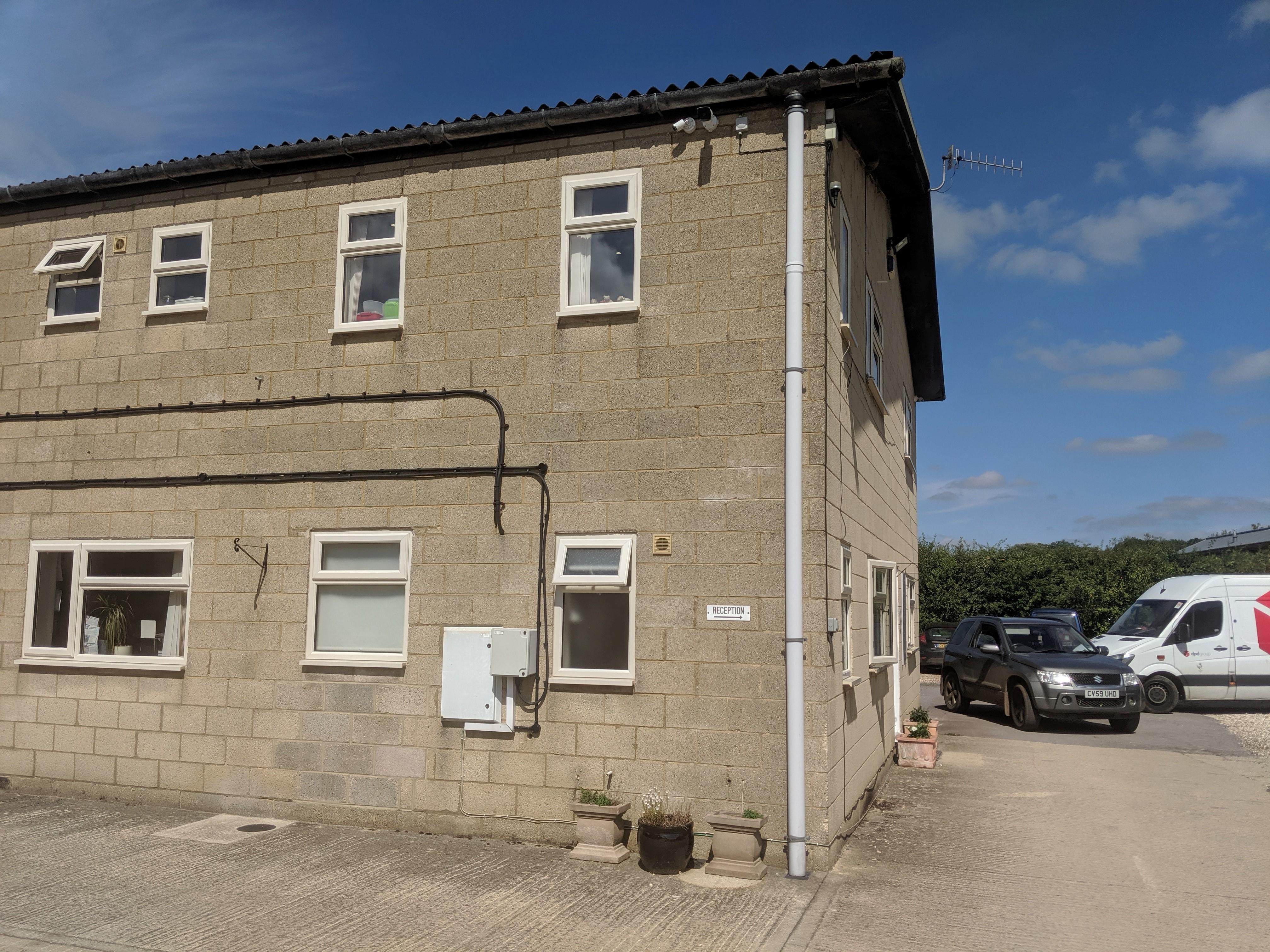 Bourton Vale Equine Clinic - Cheltenham, Gloucestershire GL54 2EX - 01451 820137 | ShowMeLocal.com