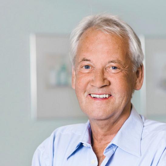 Dr. med. Gebhard Karrer