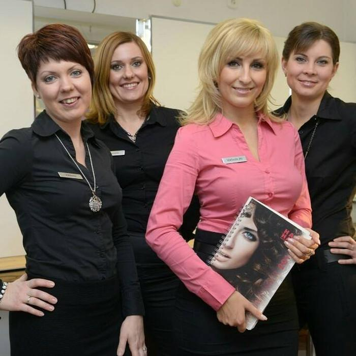Bild zu Friseursalon Viktoria hl Hair & Beauty in Mönchengladbach