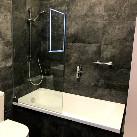 LUXRUY BATHROOM AND TILING SOLUTIONS