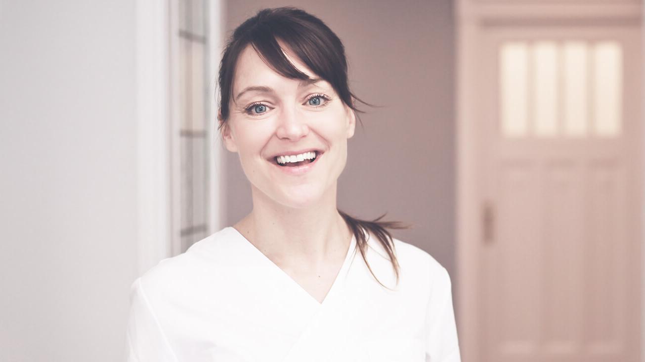 Zahnärztin Charlottenburg - Dr. Sarah Loscher, Kaiserdamm in Berlin
