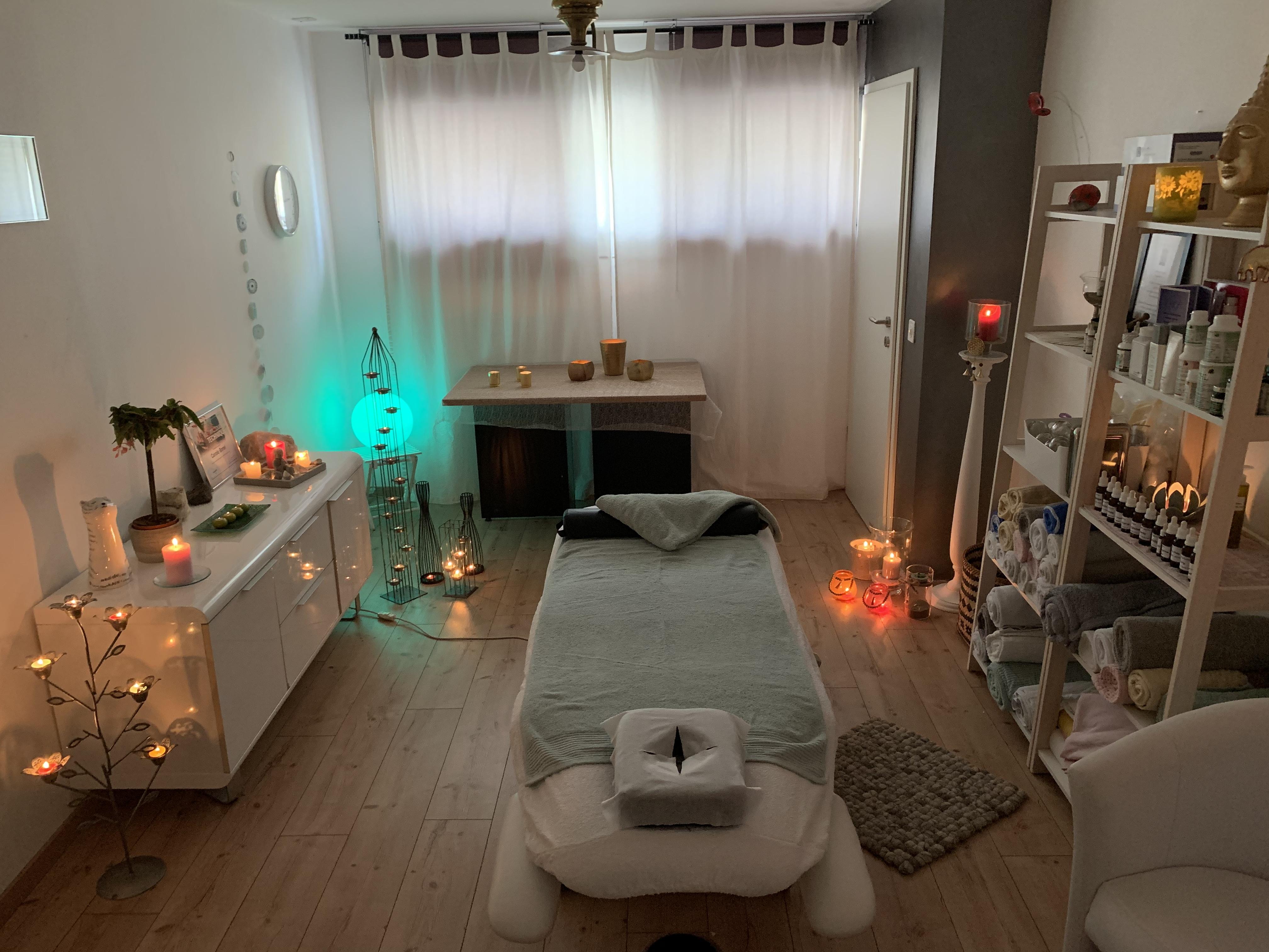 Caro'matouch Massages, pose de ventouses, aromathérapie, agréée ASCA