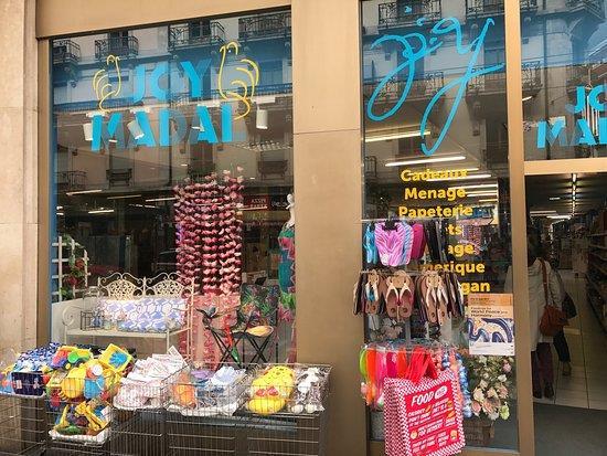 Joy Madal - Glaces Vegan / Boutique cadeaux et gallery à Genève