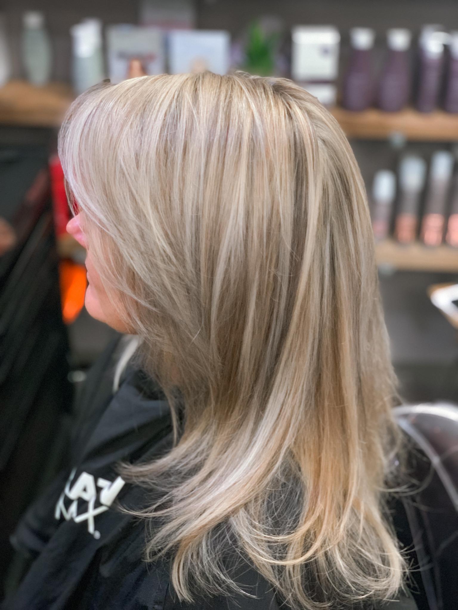 Simply Colour Hair Salon Studio by Dean Downing
