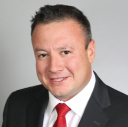 Image 1 | Lionel Chavez - COUNTRY Financial representative
