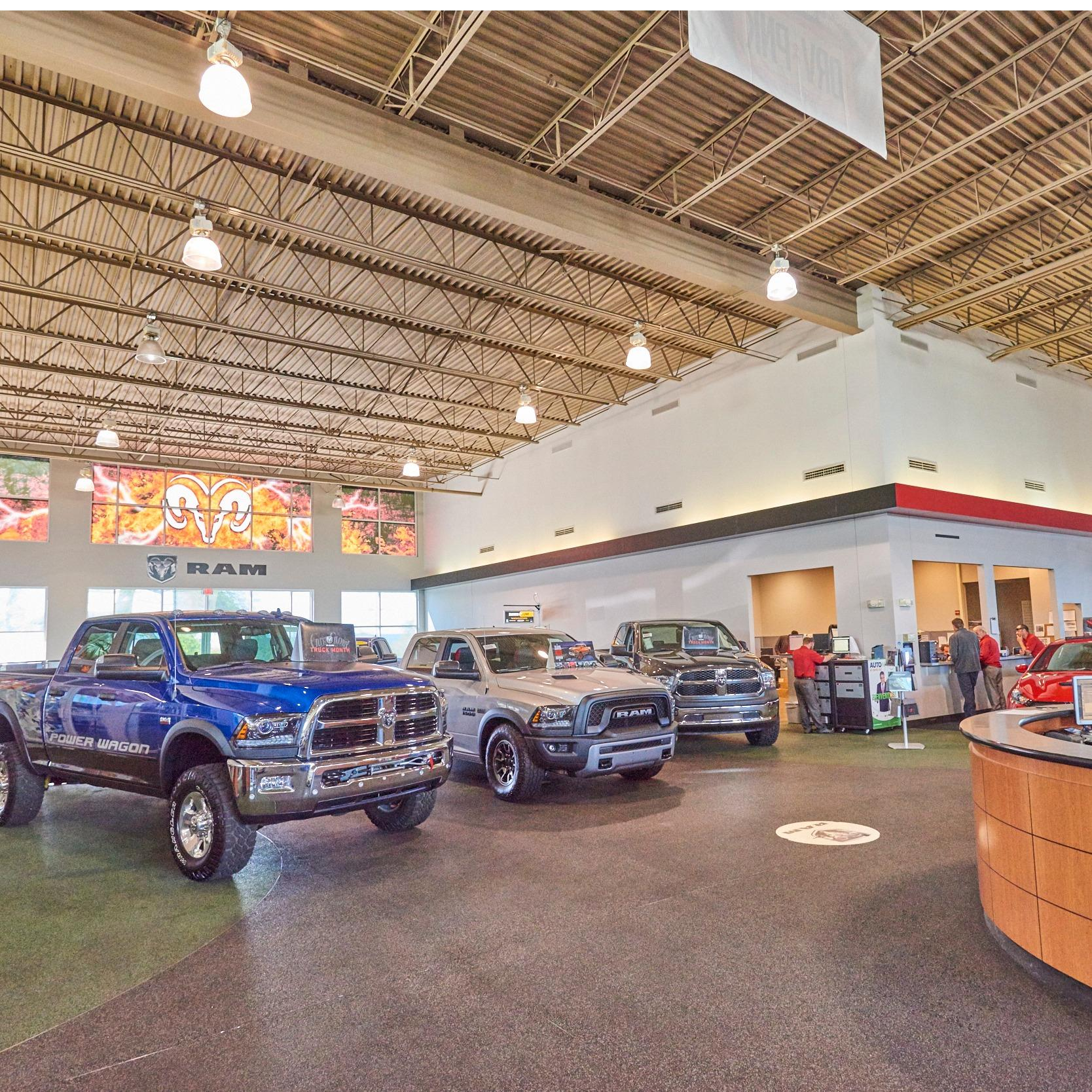 AutoNation Chrysler Dodge Jeep RAM & FIAT North Phoenix