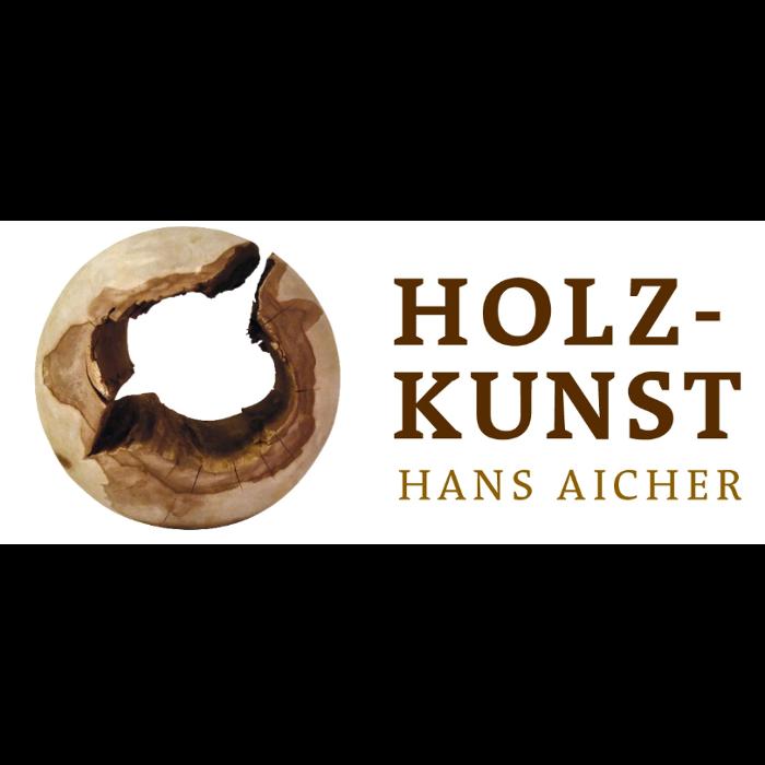 Bild zu Holzkunst Hans Aicher in Halfing