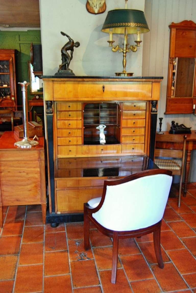 antiquit ten bro hauser m hle solingen kontaktieren. Black Bedroom Furniture Sets. Home Design Ideas