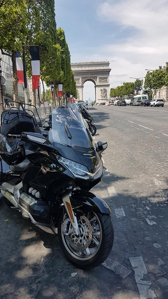 abclocal - discover about Liberty Trans Taxi moto in Vélizy-Villacoublay