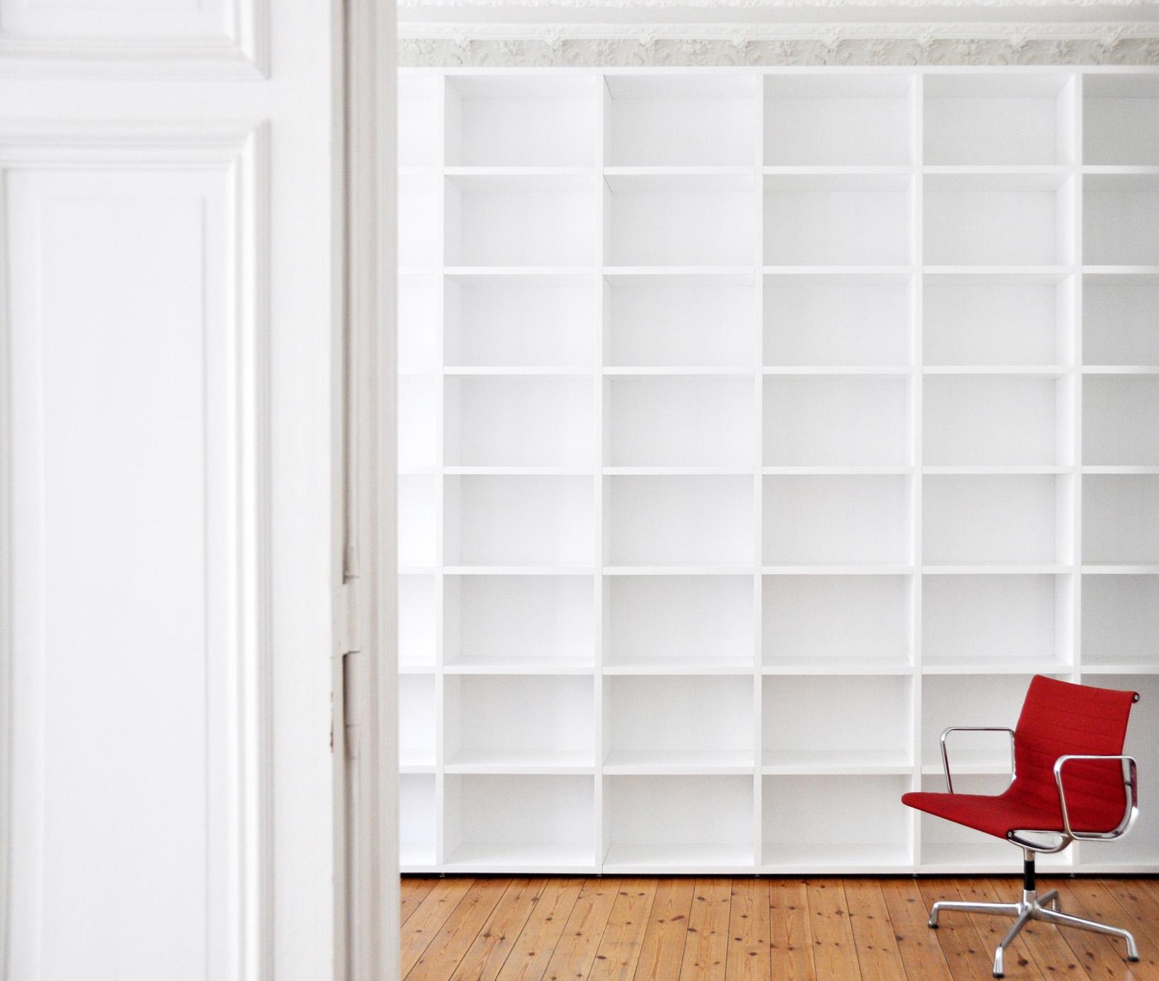 m bel in berlin regale. Black Bedroom Furniture Sets. Home Design Ideas