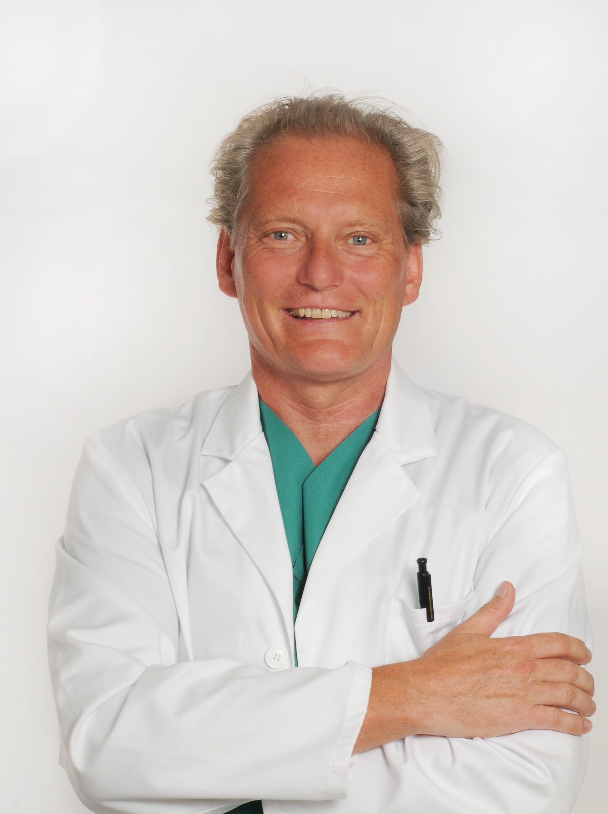 Dr. med. Patrick Bauer - Ästhetische Brustchirurgie
