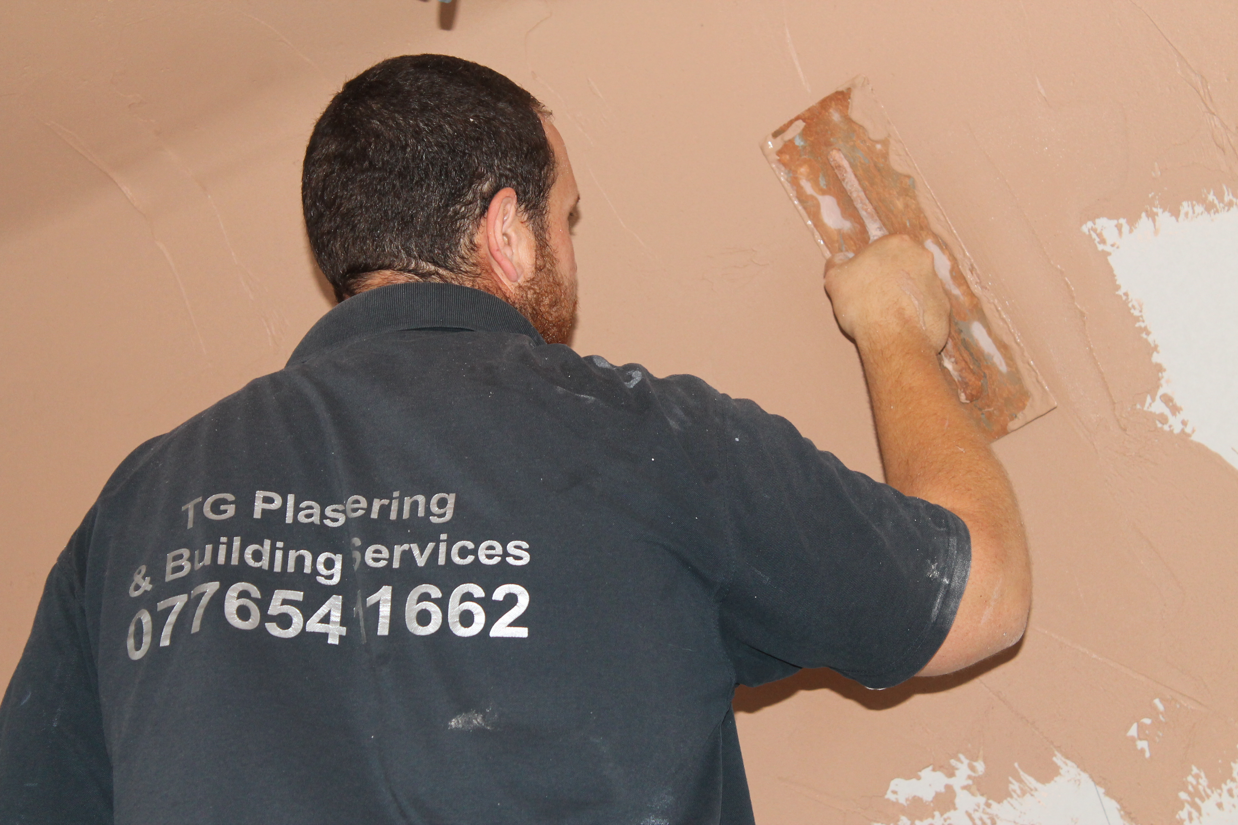 TG plastering & building services