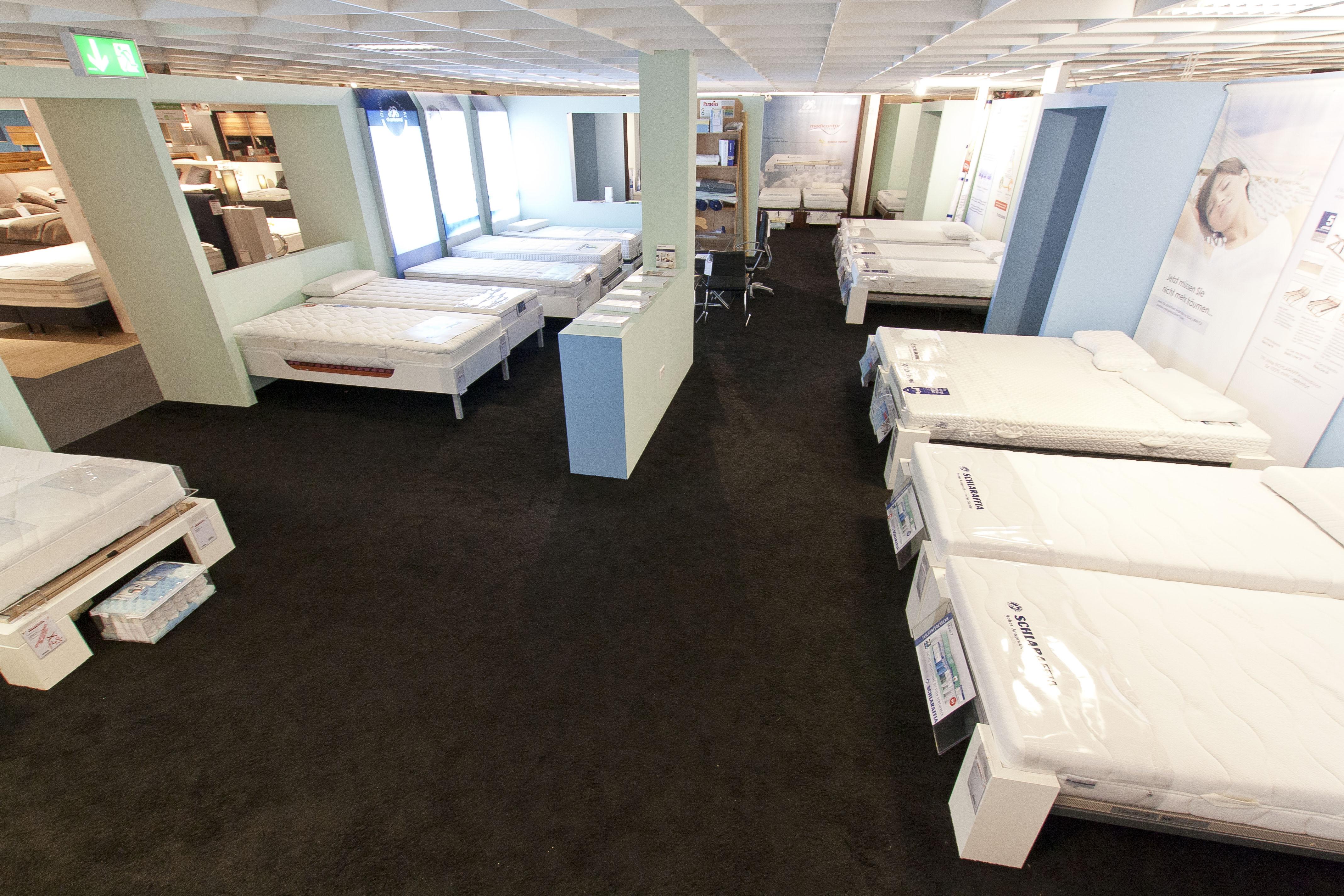 interliving strohmeiergilb in bellheim m bel und k chen in bellheim einkaufszentren und. Black Bedroom Furniture Sets. Home Design Ideas