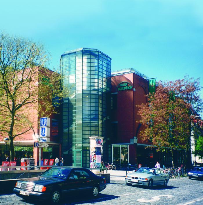 Galeria Kaufhof München am Rotkreuzplatz, Pötschnerstraße in München