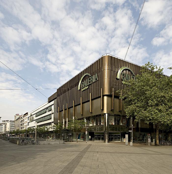 Galeria Kaufhof Hannover, Ernst-August-Platz in Hannover