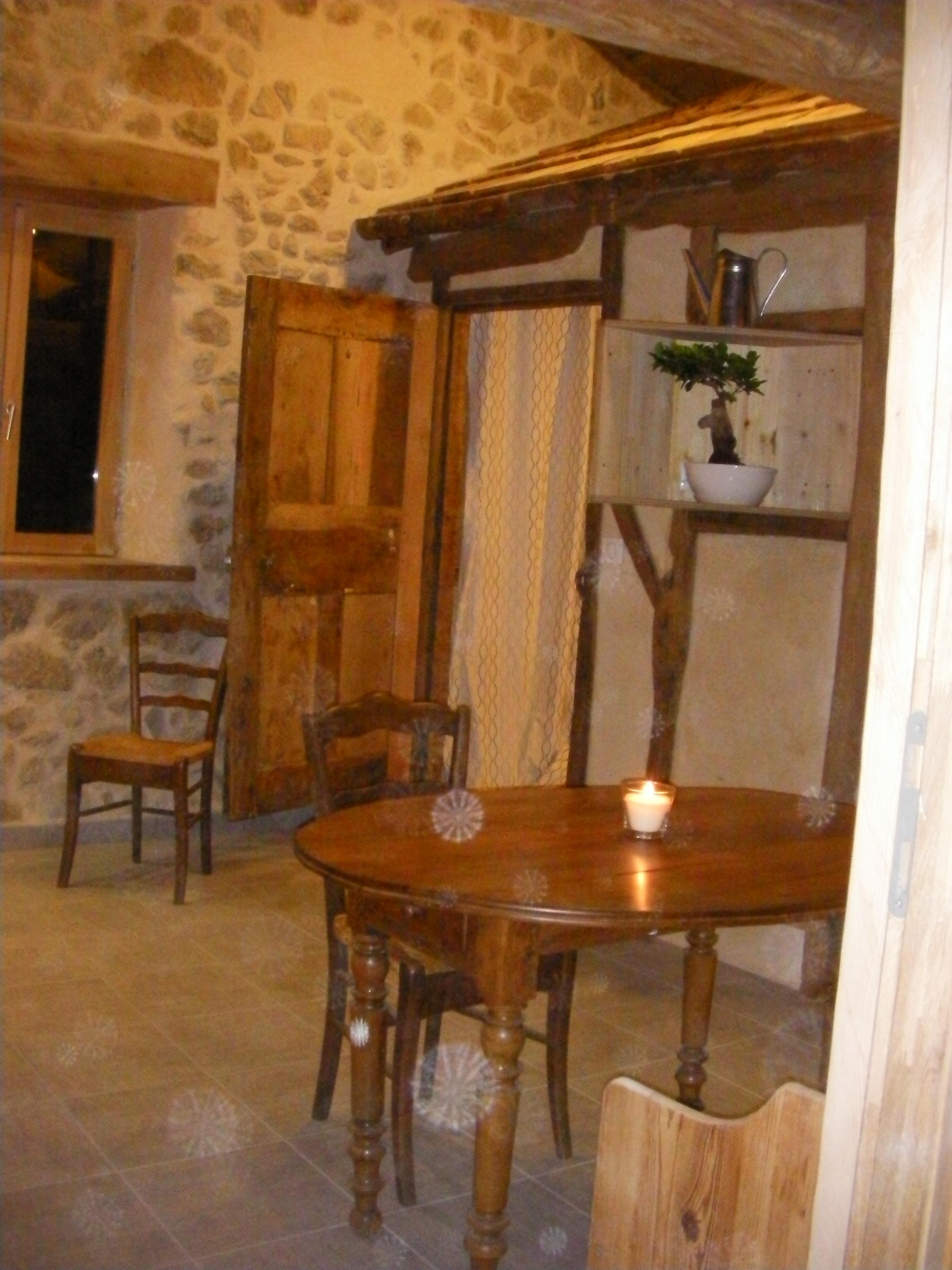 Cabane Café et les gîtes les Hauts de Choranche
