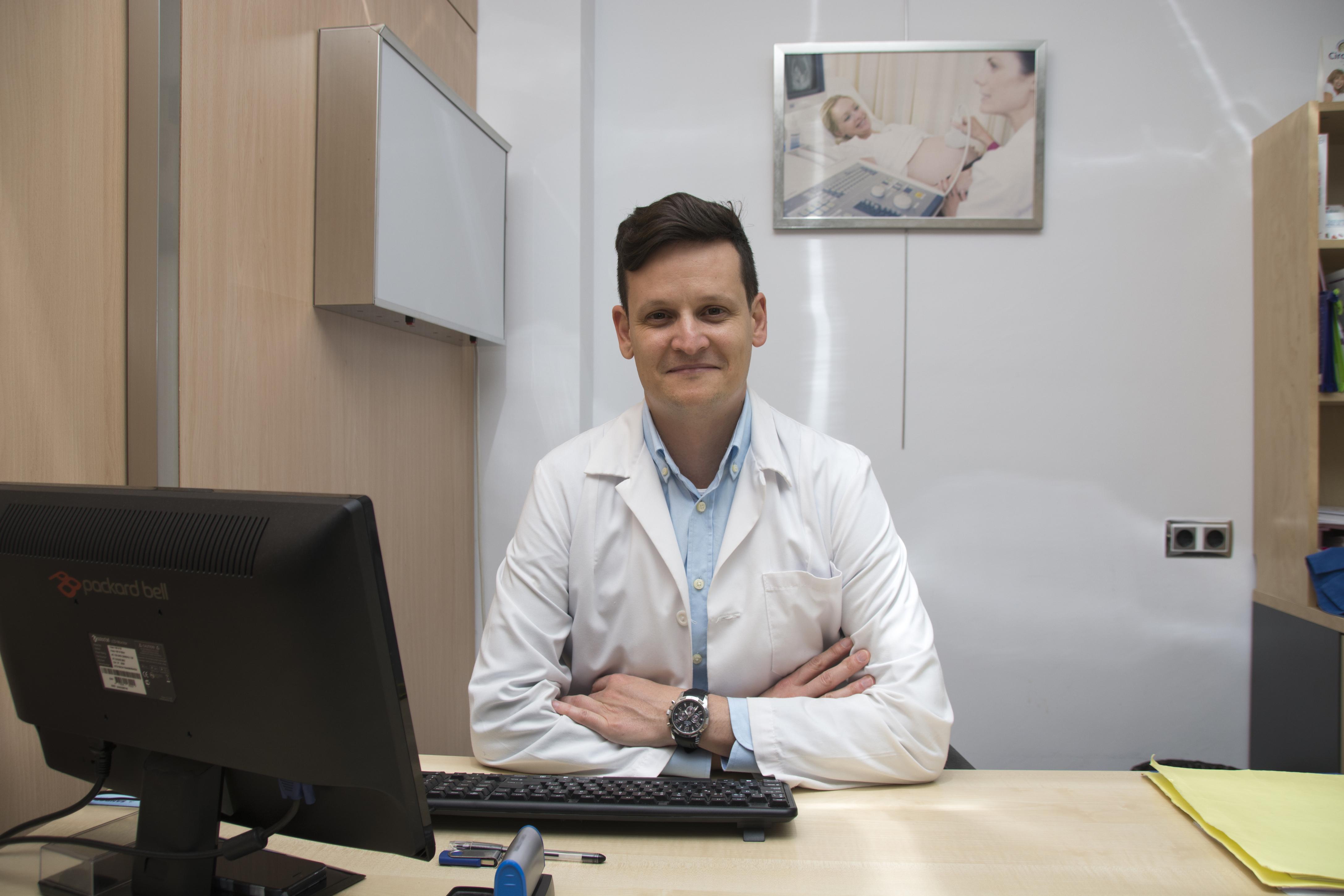 Dr. Alejandro Huelbes Ros.