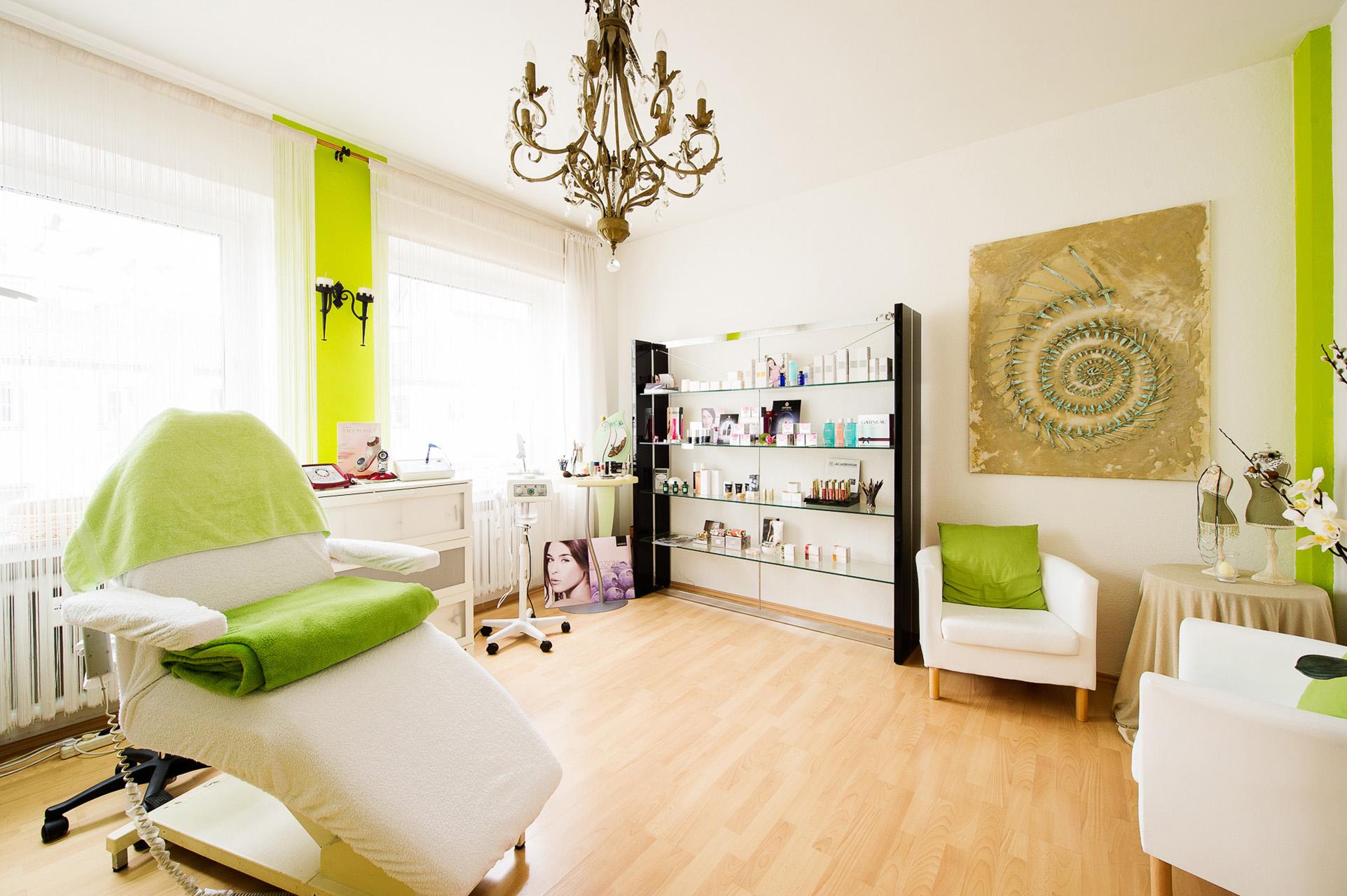 Kosmetik CP Institut