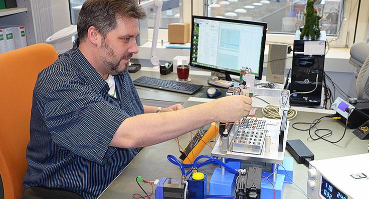 CYBERTRON Gesellschaft für Kinematische Systeme und Laborautomation mbH