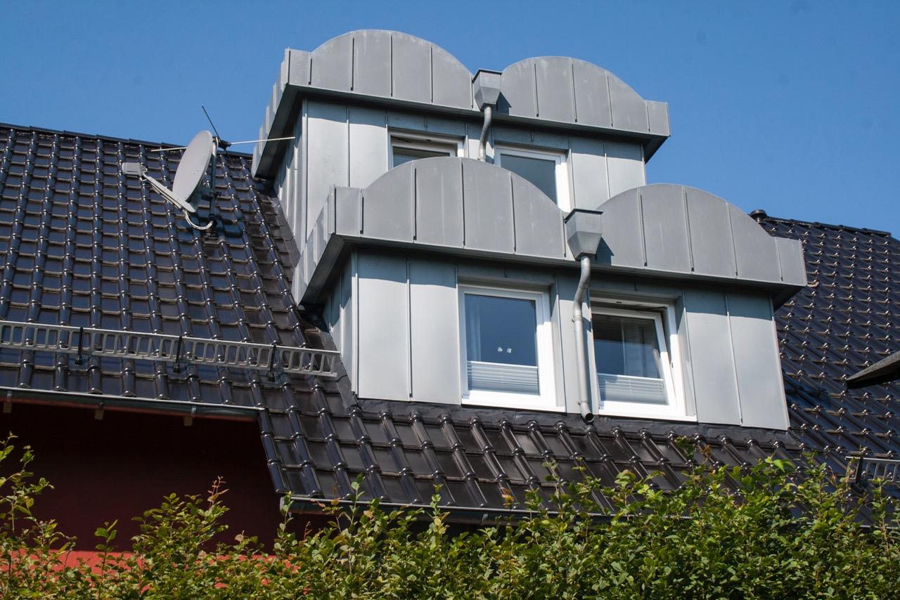 Dachdecker Overath dachdecker overath ein ermittler verlsst im juni nach der tat das