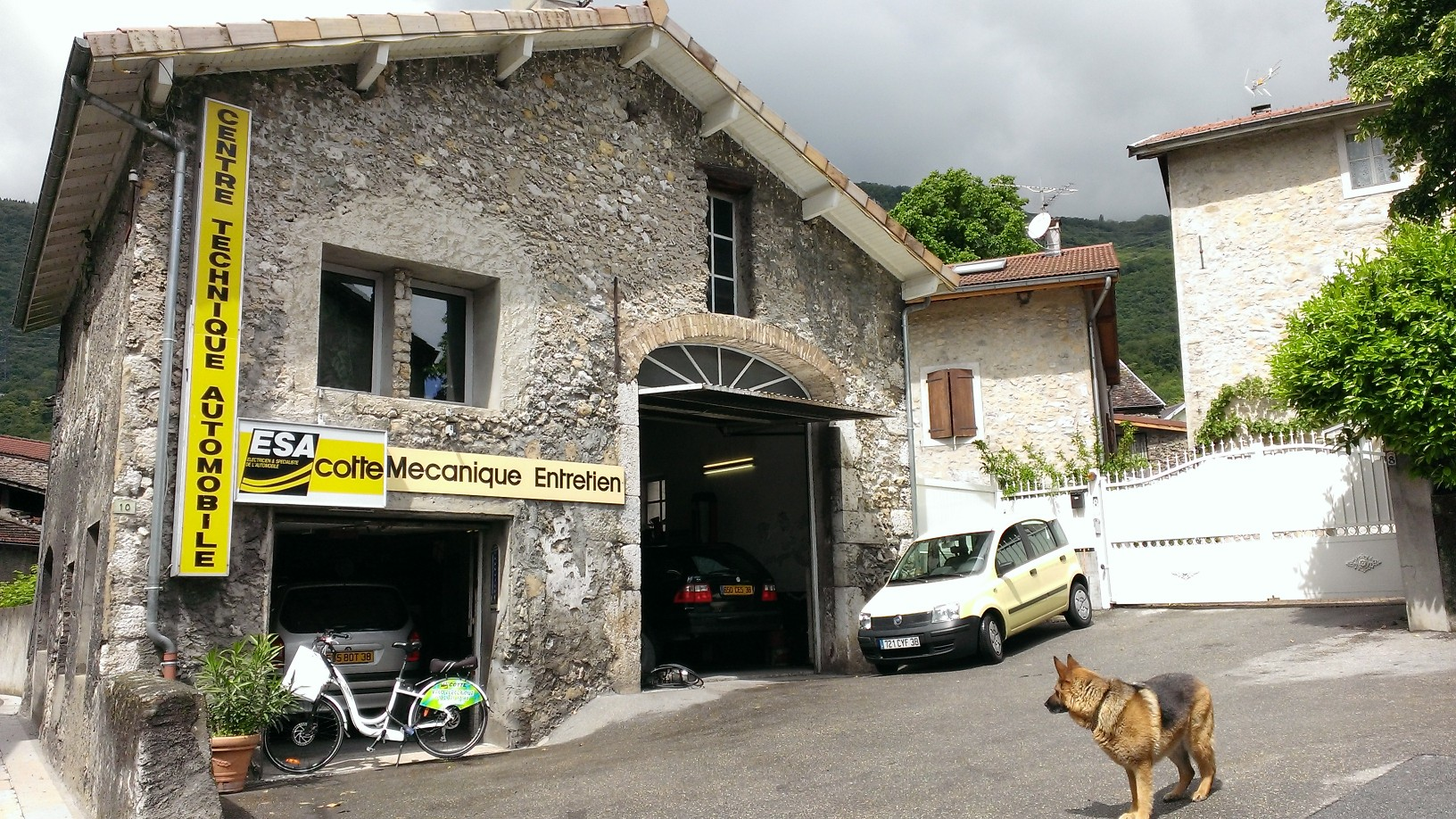 Automobiles garage claix infobel france for Garage de puymoyen