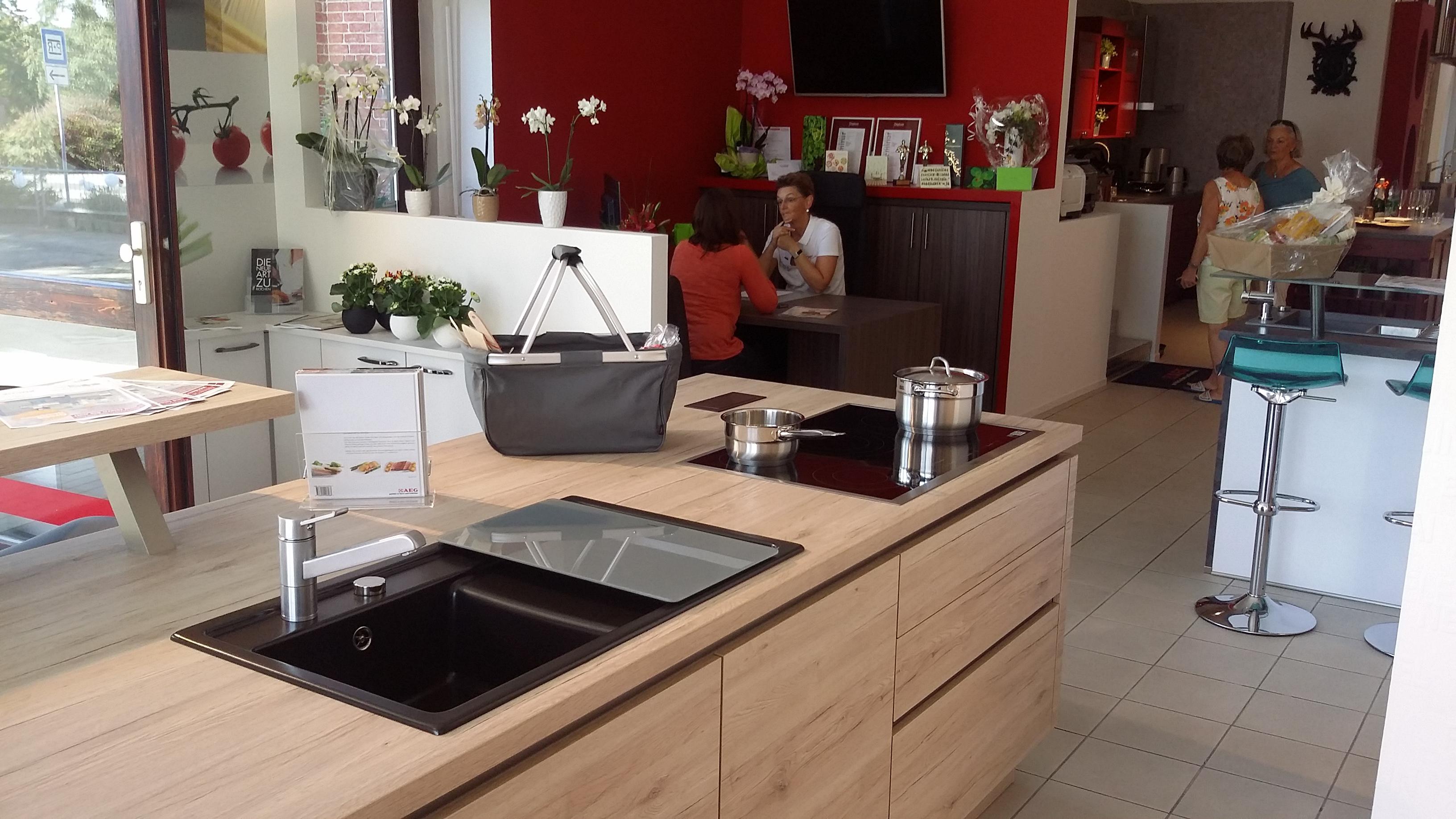 k che co oberursel m bel oberursel taunus deutschland tel 061718958. Black Bedroom Furniture Sets. Home Design Ideas