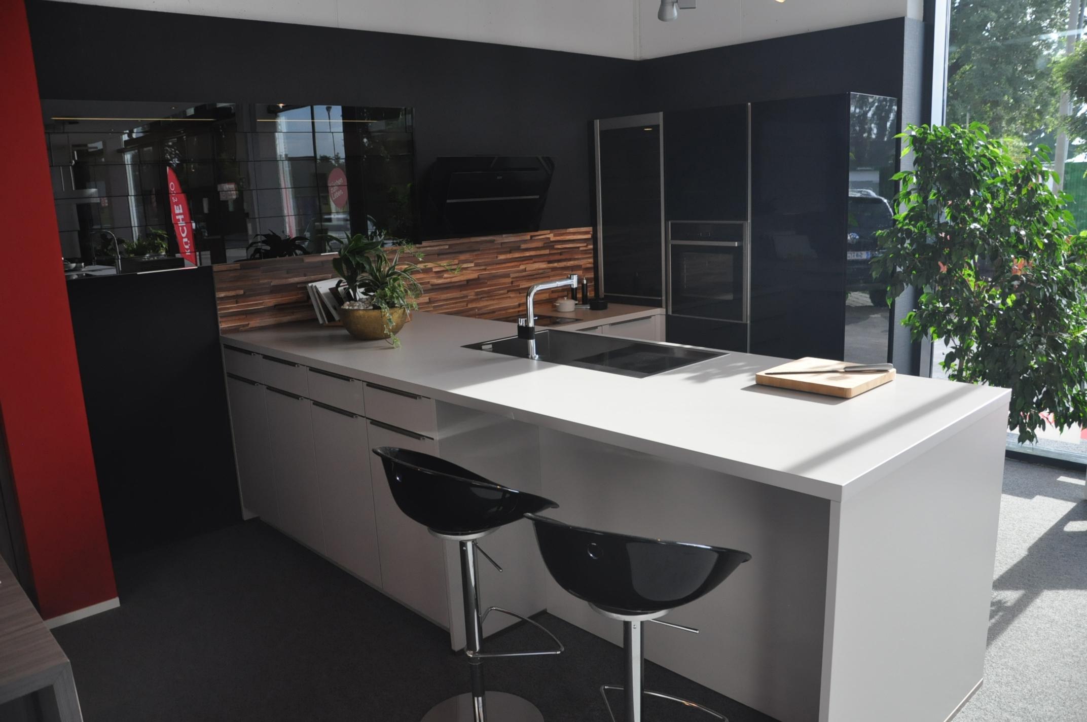 industrielle fertigung und auslieferung verarbeitende industrie gro handel in graz infobel. Black Bedroom Furniture Sets. Home Design Ideas