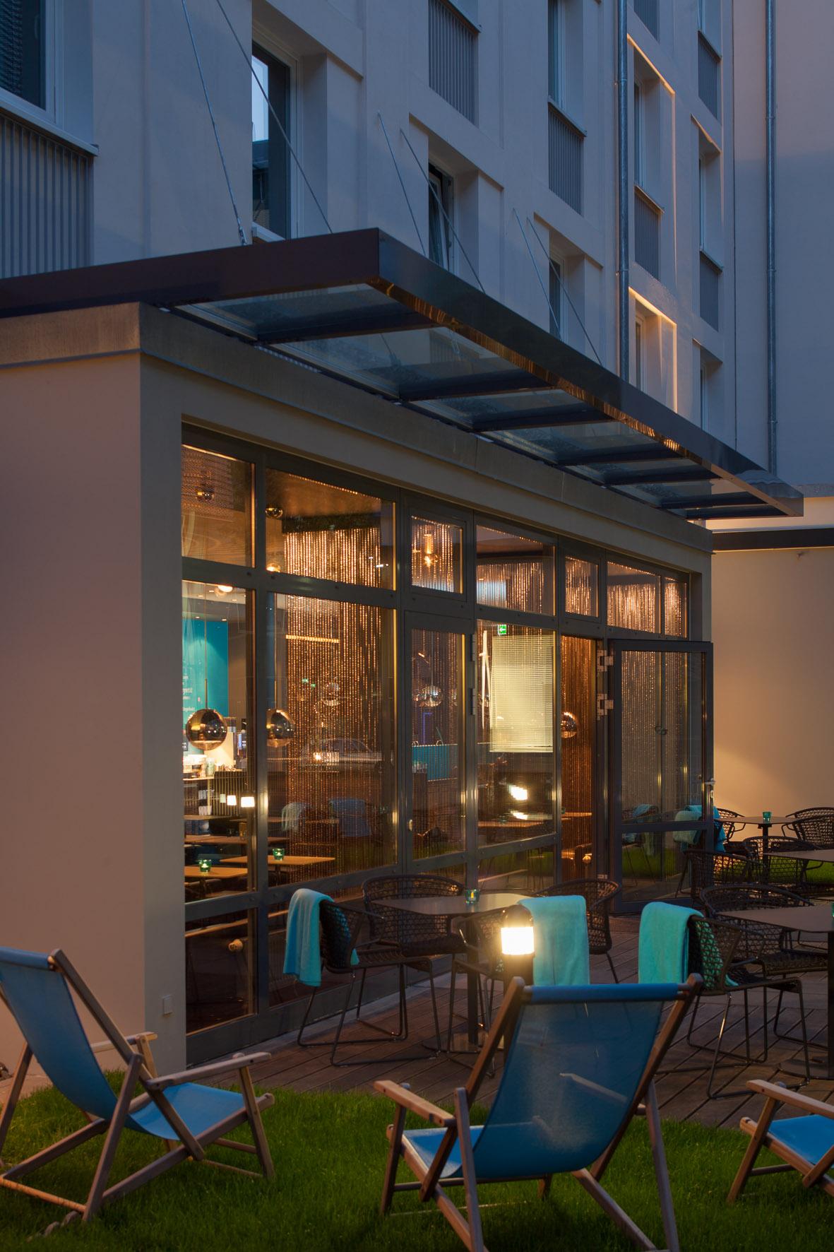 hotel in frankfurt am main guenstig. Black Bedroom Furniture Sets. Home Design Ideas