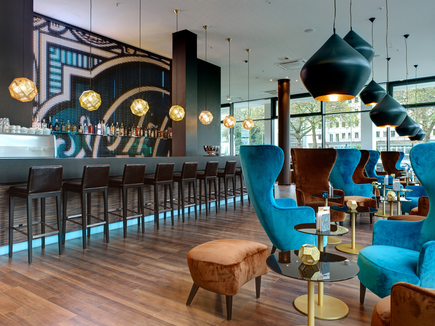 Hotel motel one k ln waidmarkt hotels hotels for Design hotel koeln