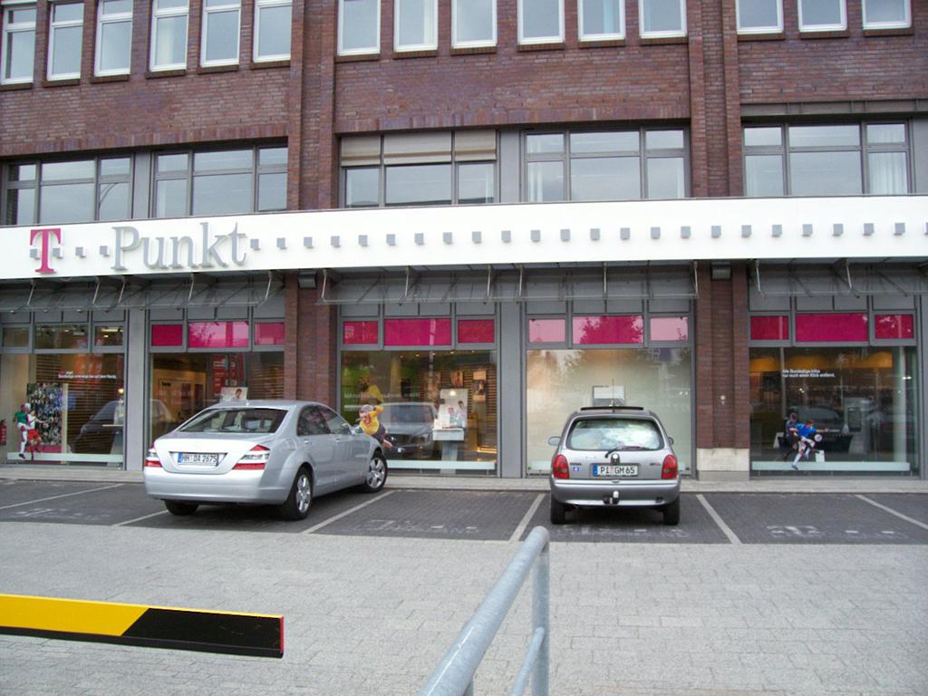 Hamburg wandsbek bilderbuch hamburg wandsbeker marktstr for Sofa outlet hamburg